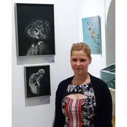 Diana Höhlig vor dem Siegerbild